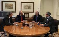 De izda. a dcha. Dr. Juan Manuel Garrote, Dr. Serafín Romero, Enrique Ruiz Escudero y Dr. Miguel Ángel Sánchez Chillón