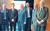 Manuel Villegas, consejero de Salud de la Región de Murcia (cuarto por la izq.), presenta los planes antitabaco ante el Círculo de la Sanidad