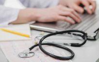 Comisiones Obreras critica la falta de plazas para especialistas sanitarios en la comunidad autónoma de Cantabria