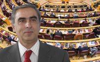 El portavoz socialista de Sanidad y senador por Granada, José Martínez Olmos