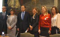 Participantes en la jornada institucional sobre Mujer y Salud Renal que se ha celebrado este martes en el Senado.