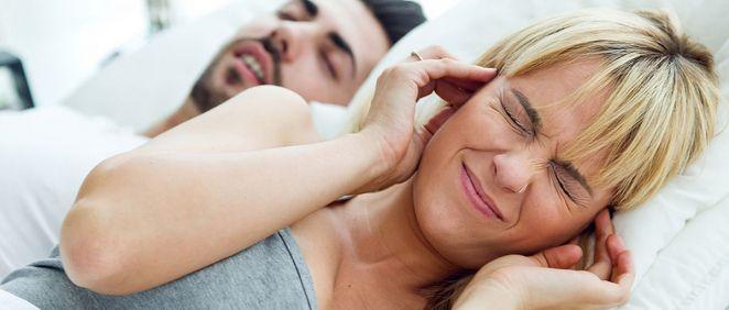 Los ronquidos son un signo evidente de la apnea obstructiva del sueño