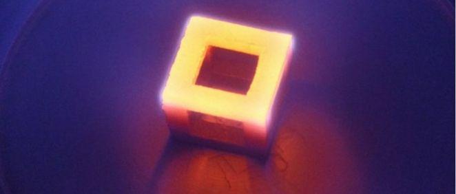 Implante médico impreso en 3D de titanio recubierno de nanodiamantes