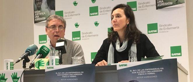 Representantes del sindicato Satse de Andalucía durante la presentación de su campaña contra las agresiones