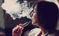 Se han encontrado sustancias cancerígenas en los líquidos y el vapor que generan los cigarrillos electrónicos
