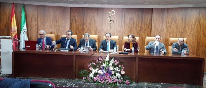 El Colegio Oficial de Farmacéuticos de Jaén ha celebrado su asamblea ordinaria general con la participación de más de medio centenar de colegiados