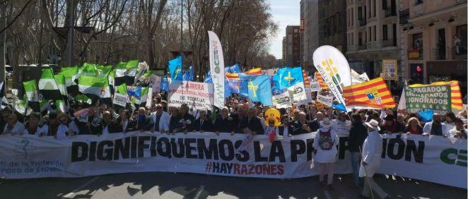 Médicos de toda España se han reunido este miércoles en Madrid para pedir la recuperación de sus derechos perdidos