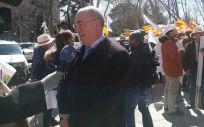 Francisco Miralles, secretario general de CESM, a las puertas del Ministerio de Sanidad, Servicios Sociales e Igualdad | Foto: Juanjo Carrillo Córdoba