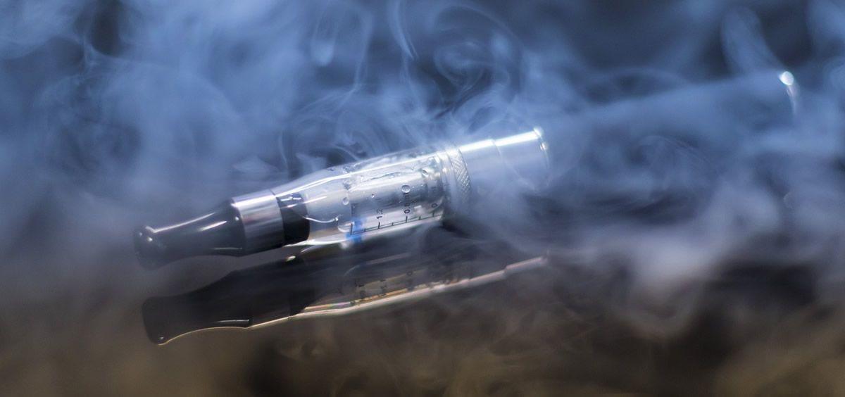 La Comisión de Salud Pública del CISNS ha advertido de los riesgos para la salud del uso de los cigarrillos electrónicos