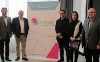 Miembros de la asociación de afectados de Pompe durante la presentación del grupo de pacientes junto a representantes de Feder, ASEM, AEEG y de la Comunidad de Madrid
