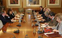 Reunión del Foro de Atención Primaria con la ministra de Sanidad, Dolors Montserrat.