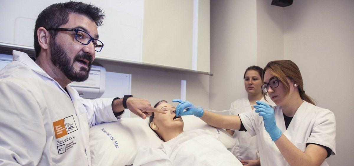 CEEM considera necesaria una ley que regule las prácticas clínicas en la que se definan las competencias