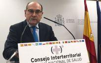 Jon Darpón, consejero de Salud del País Vasco, interviniendo en un Consejo Interterritorial.