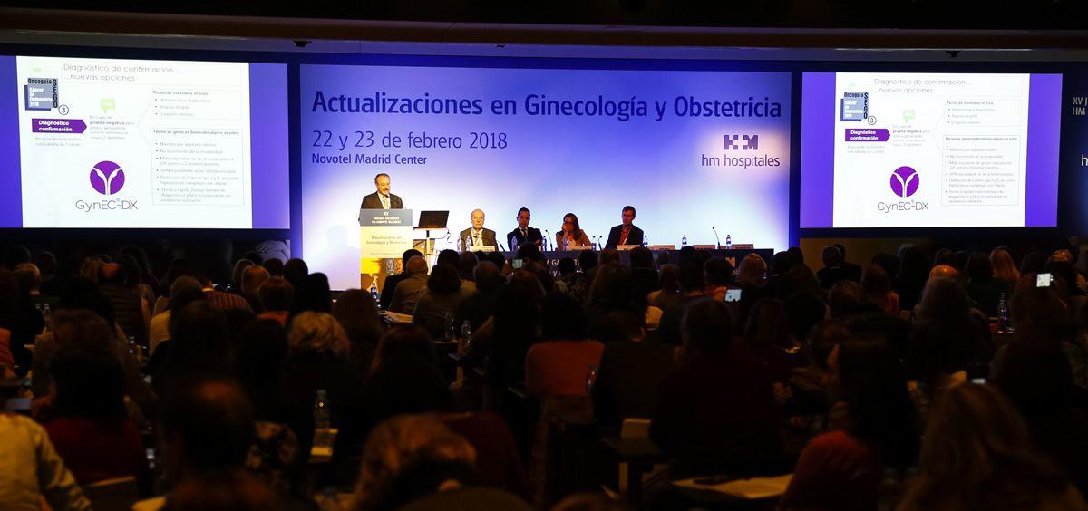 Reunión en el prestigioso Congreso Gabinete Médico Velázquez, donde se abordó el test de diagnóstico biomolecular en cáncer endometrial