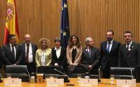 Representantes del Foro de Médicos de Atención Primaria con diputados de PP, PSOE, Ciudadanos y Podemos