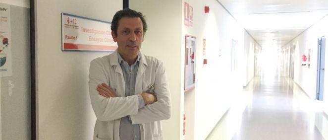 El jefe del Servicio de Oncología del Hospital 12 de Octubre de Madrid, Luis Paz Ares, que ha participado en el ensayo clínico