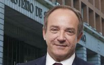 El secretario general de Sanidad, Javier Castrodeza, gana protagonismo en los asuntos claves de sanidad