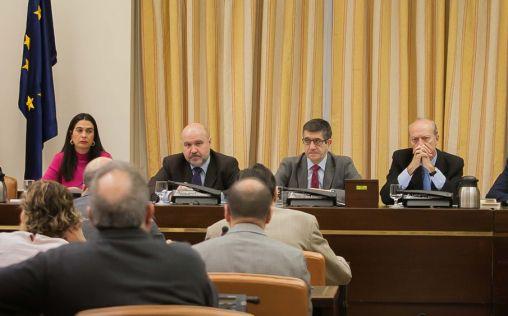 Píldora masculina, geriatras y tecnología sanitaria en la Comisión de Sanidad