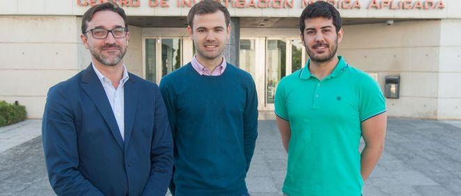 Carlos Ortiz de Solórzano, Javier Uranga, ingeniero de USCAL,  y Alejandro Rodríguez, doctorando del CIMA, mostraron los resultados del estudio
