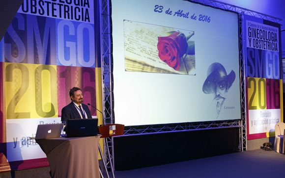 El doctor Ezequiel Pérez Campos durante su intervención en el Congreso de la SMGO