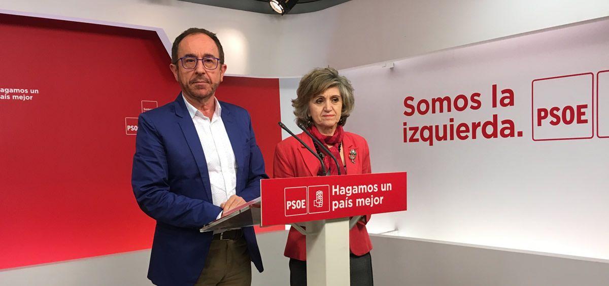 Andrés Perelló y Luisa Carcedo, en la presentación de su Proposición de Ley Orgánica de regulación de la eutanasia