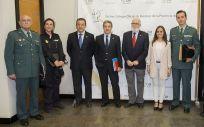 Representantes de la Policía Nacional, la Guardia Civil, los Colegios de Médicos y de Enfermería de Cádiz, así como de la Subdelegación del Gobierno