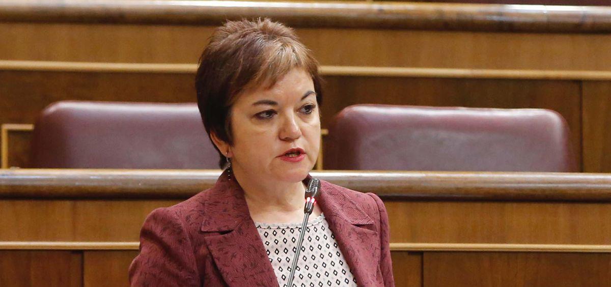 """La diputada del PSOE, Lidia Guinart, reclama """"mayor transparencia"""" al Gobierno en el desarrollo del baremo sanitario."""