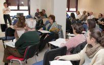 Los profesionales de Atención Primaria reciben formación sobre cómo actuar ante casos de violencia de género