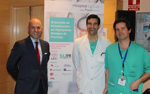 De izq. a drcha.: Los doctores José Manuel de la Morena, javier Romero-Otero y José Manuel Duarte, organizadores de la jornada