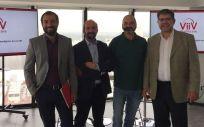 De izq. a drcha.: Pere Estupinyà, Santiago Moreno, Diego García y Felipe Rodríguez, durante su participación en el seminario sobre VIH