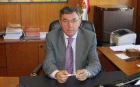 Julián Pérez Gil, gerente del SCS, ha negado ilegalidad en las adjudicaciones del Servicio Cántabro de Salud
