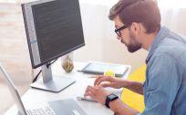 Trabajar frente al ordenador provoca dolores muscoloesquléticos