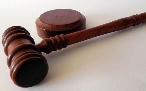 La Justicia reconoce a una enfermera el derecho a cobrar noches y festivos durante la lactancia