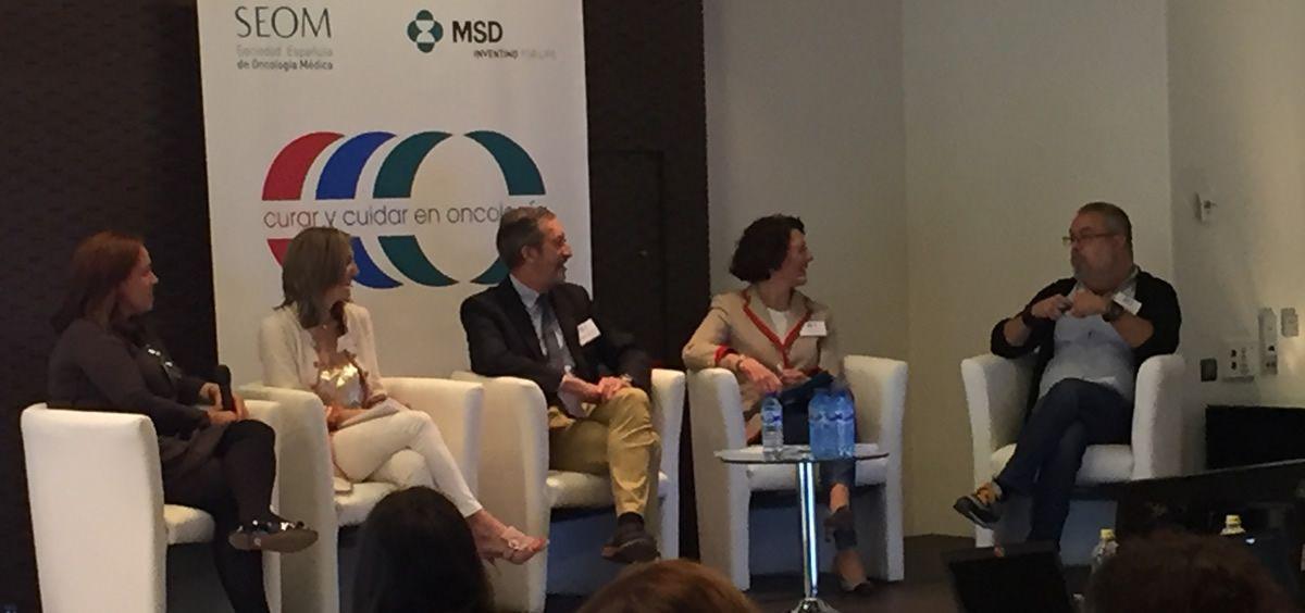 Los expertos debaten sobre los indicadores en oncología para mejorar los resultados en salud
