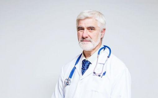 La jubilación de los médicos a los 70 años ¿parche o mejora?