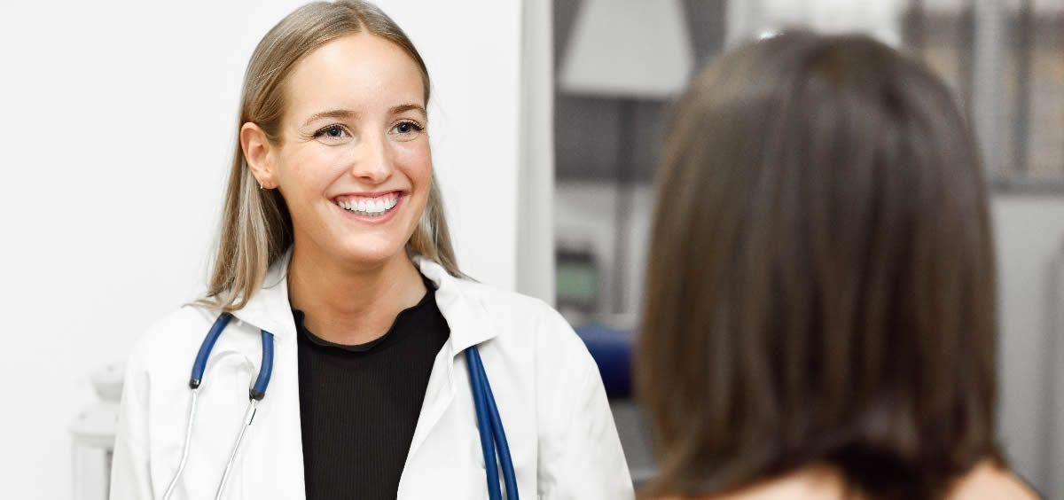 La mitad de los médicos no pueden conciliar vida familiar y laboral