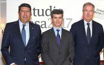 Manuel Vilches, Adolfo Fernández-Valmayor y Luis Mayero, representantes de la Fundación IDIS