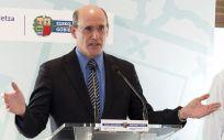 Rafael Bengoa, exconsejero de Salud del País Vasco, es el nombre más repetido en las quinielas para dirigir el Ministerio de Sanidad.