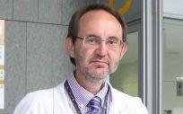 El doctor Jorge Sierra, presidente de la Sociedad Española de Hematología y Hemoterapia (SEHH), ha felicitado a Carmen Montón por su nombramiento