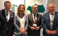 Manuel Vilches, director de IDIS, junto a Juan José Sánchez Luque, Isabel Alvás, José Martínez Olmos y Jesús Aguirre