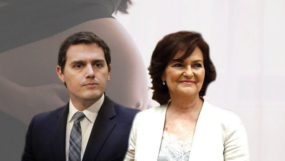 """Rivera califica de """"retrógrada"""" la visión de Calvo sobre la gestación subrogada"""