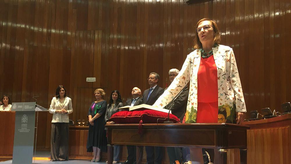 Carmen mont n en la toma de posesi n de los nuevos cargos - Maria del carmen castro ...