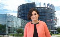 La ministra de Sanidad, Carmen Montón, acude este viernes a su primer Consejo de Sanidad de la Unión Europeo.