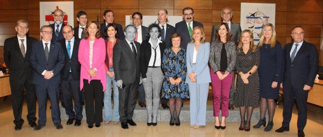 La exconsejera valenciana y ahora ministra de Sanidad, Carmen Montón, tiene el reto de darle mayor protagonismo al Consejo Interterritorial, hecho que no logró la exministra Dolors Montserrat.