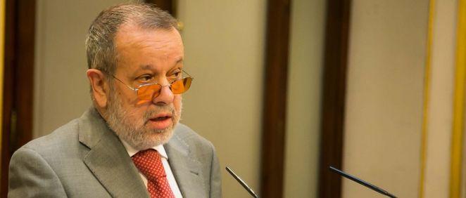 El Defensor del Pueblo, Francisco Fernández Marugán, ha denunciado una insuficiente presencia de psicólogos en la sanidad pública.