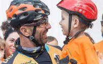 La Fundación CRIS Contra el Cáncer recaudará fondos para la investigación del cáncer infantil recorriendo el camino de Santiago.