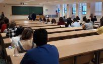 Prueba de una oferta pública de empleo (OPE) en Andalucía