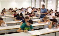 MIR 2019: Sanidad estima que 15.450 aspirantes se presentarán al examen