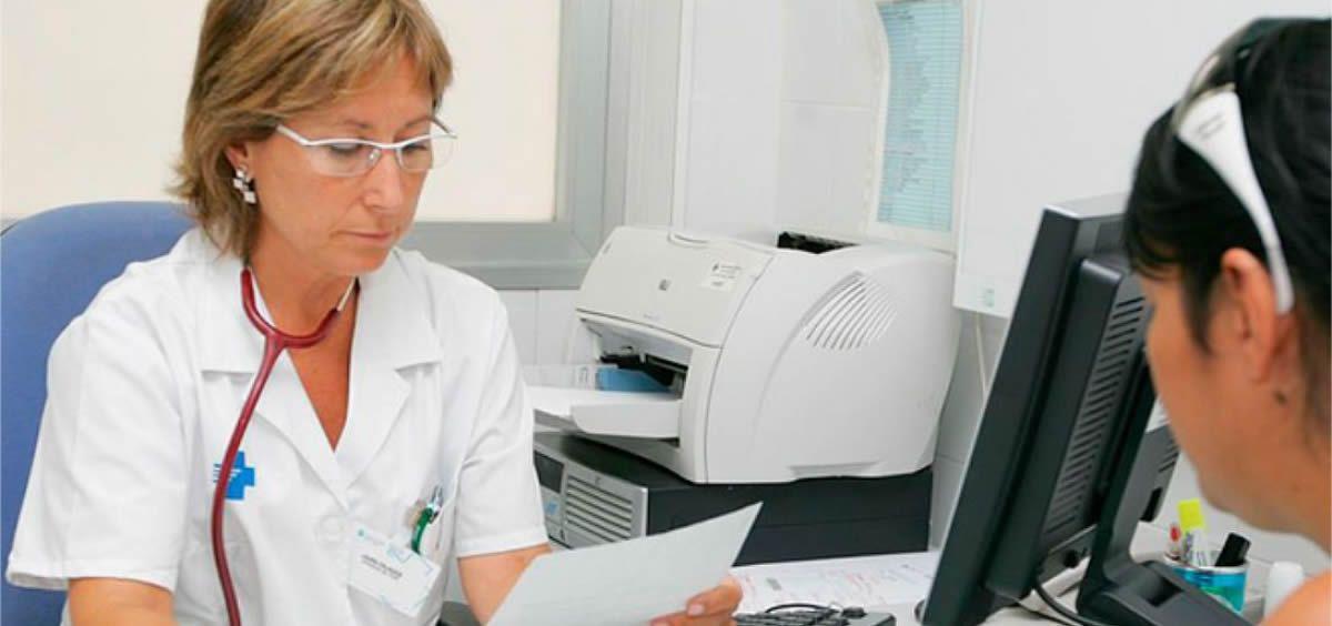 La falta de médicos pone en peligro la cobertura de las sustituciones en Málaga