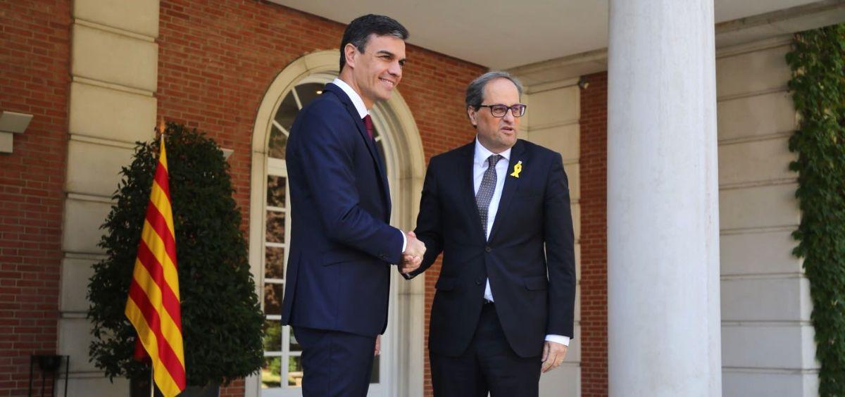 Imagen del encuentro celebrado este lunes entre Pedro Sánchez, presidente del Gobierno, y Quim Torra, presidente de la Generalitat, en la Moncloa.
